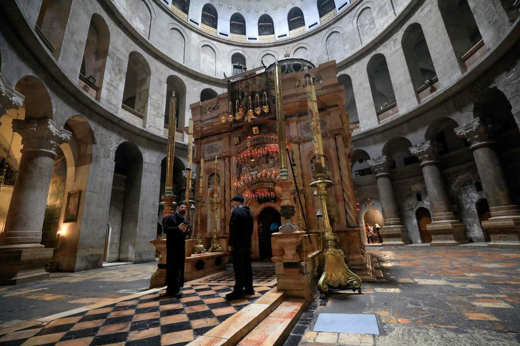 De Paște în Ierusalim: străzi pustii și slujba învierii live, pe internet