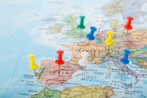 """10 modalități de a călători """"online"""", fără a pleca din izolare"""